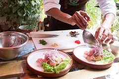 Imagen Try Gourmet Peruvian cuisine with a Local in the Sacred Valley of Urubamba