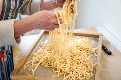 Florence Market Tour, Pasta Making Class & Traditional Tuscan Lunch with a Local