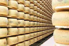 Enjoy a Private Parmigiano Reggiano Cheese Tour & Tasting with a Local in Parma
