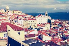 Imagen Half-Day Historical Lisbon Walking Tour with LGBT Small Group