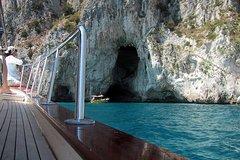 Private Half-Day Boat Tour to Capri