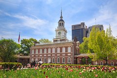 Private Tour from New York to Philadelphia with Factory Outlet Shopping