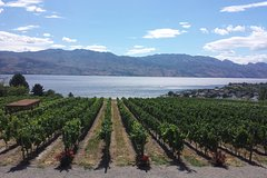 Kelowna British Columbia All Star Wineries of Kelowna Tour 7928P1