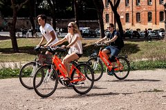 Rome One Day Private Bike Tour: City Center and Panoramic Views