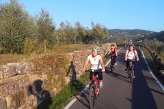 Tuscan Countryside Sunset by Bike. From Fiesole to Florence & Olive oil tasting