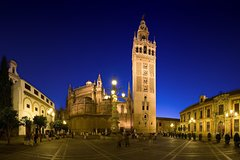 Imagen Private Walking Customizable Tour of Sevilla