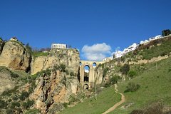 Imagen White Villages and Ronda Two Days Tour from Seville