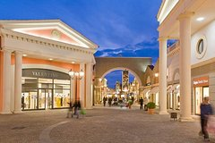Shopping Tour Castel Romano Designer Outlet