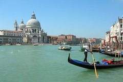 Small-Group Tour: Venice by Train Full Day Tour from Rome