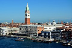 From Lake Garda: Venice Day long guided Tour