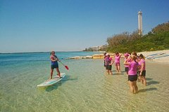 Imagen Golden Beach 1-Hour Stand-Up Paddleboard Hire on the Sunshine Coast