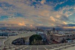 Imagen 5-Hour Private Guided Walking Tour in Seville (3h city tour plus 2h tapas tour)
