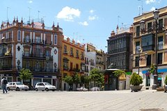 Imagen 3-Hour Private Guided Walking Tour of Triana