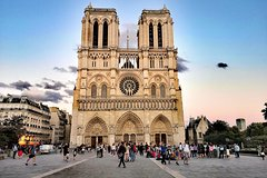Imagen Notre-Dame Cathedral Guided Tour With Binoculars