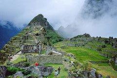 Ver la ciudad,Ver la ciudad,Salir de la ciudad,Salir de la ciudad,Actividades,Tours temáticos,Tours con guía privado,Tours históricos y culturales,Excursiones de más de un día,Excursiones de más de un día,Salidas a la naturaleza,Especiales,Excursión a Machu Picchu,Machu Picchu en 5 días