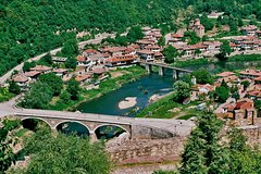 Imagen Full Day Tour to Veliko Tarnovo and Arbanassi from Sofia
