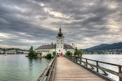 Private Day Trip to Hallstatt Including Beautiful Alps, Admont Abbey, and Ort Castle from Vienna