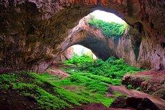 Imagen 3 Caves tour  - Saeva dupka , Eyes of God cave & Devetashka Cave