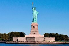 Guided Tour of Statue of Liberty With Pedestal Access