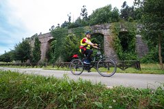 BIKE & CAVES IN THE PASIEGO VALLEYS
