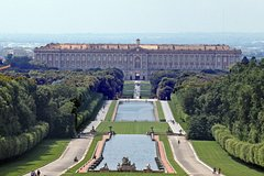 PRIVATE TRANSFER TO ROYAL PALACE OF CASERTA