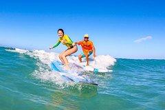 Honolulu Hawaii Surfing Lessons On Waikiki Beach 8942P1