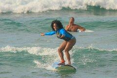 Honolulu Hawaii Private Surf Lesson at Waikiki Beach 8942P2