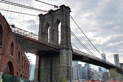 Private Brooklyn Walking Tour: Brooklyn Bridge DUMBO and Brooklyn Heights