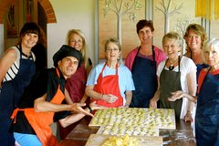 6-Day Magical Tuscany Cooking and Excursion Holiday