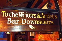 Imagen Literary Pub Crawl and Tavern Tour in London