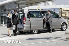 Imagen Premium Sydney Airport Arrival Transfer by People Mover