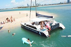 Gold Coast 3-Hour Island Adventure Cruise