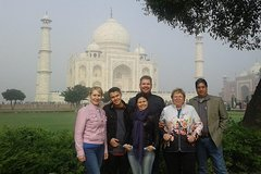 Full-day Private Taj Mahal and Agra Fort Tour from New Delhi