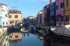 Private Excursion by Typical Venetian Motorboat to Murano, Burano and Torce