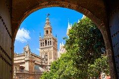Imagen Sevilha Monumental: Evite as filas na Catedral e excursão guiada ao presídio de Alcázar