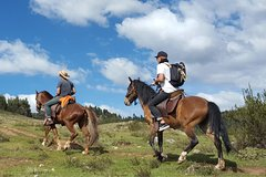 Imagen Horseback Riding thru the mountains of Cusco