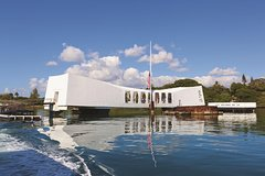 Honolulu Hawaii All-Inclusive Beyond the Call to Duty Tour of Pearl Harbor 44796P1