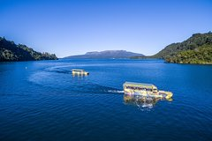 Imagen Tarawera and Lakes Sightseeing Tour with Duck Cruise
