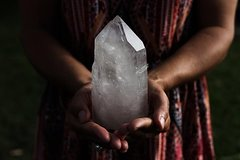 Alternative Energy Healing With Crystals And Sound