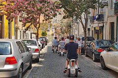 Imagen Alfama & Mouraria Tour by Sitway in Lisbon