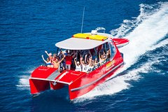 Imagen Whitehaven Beach and Hill Inlet Lookout Full-Day Snorkeling Cruise by High-Speed Catamaran