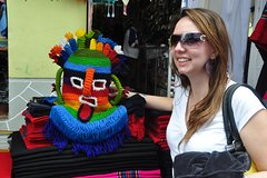 Imagen Full-Day Otavalo and Cotacachi Market Tour