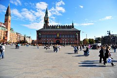 City tours,City tours,City tours,Walking tours,Auto guided tours,