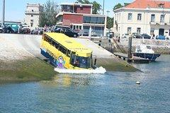 Imagen 1,5-stündige Besichtigungstour in Lissabon im Amphibienfahrzeug