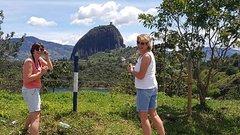 Imagen Guatapé tour & several options (Horse ride, coffee farm, waterfall, flowerfarm)