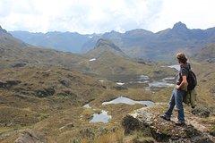Imagen Shared Trekking Full-Day Tour at Cajas National Park