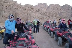 Activities,Adventure activities,Adrenalin rush,Camel ride,Dinner at the desert,Safari en Quad