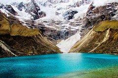 Imagen Full day: Trek to Humantay Lake