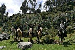 Imagen HORSEBACK RIDING FULL DAY (SACSAYHUAMAN, TEMPLO DE LA LUNA, PUCA PUCARA, TAMBOMACHAY)