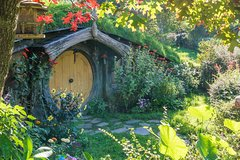 Imagen Luxury Small Group: Guided Hobbiton Movie Set Excursion - Early Access